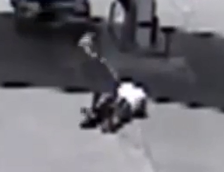 Gas station clerk uses MMA to stop robbers