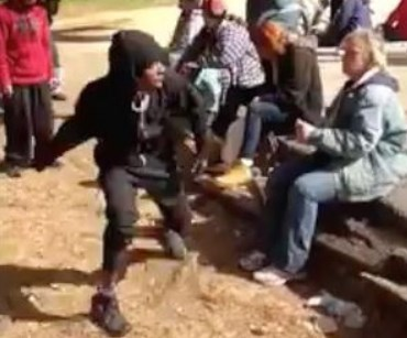 Street Fighting Mistakes Expecting bystanders to help